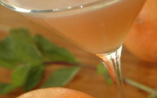 grapefruit-martiniSmall-crop